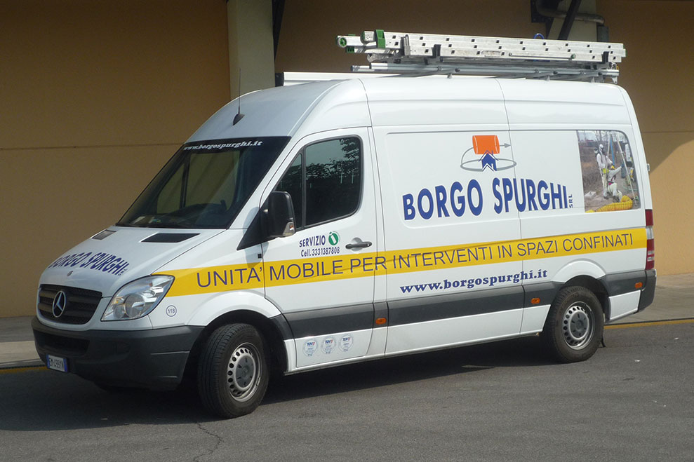 unità mobile per interventi in spazi confinati